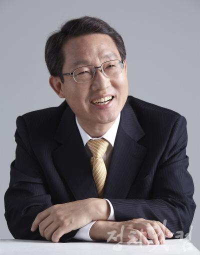 김상훈의원_프로필 사진.jpg