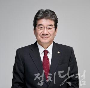 강석호 의원.jpg