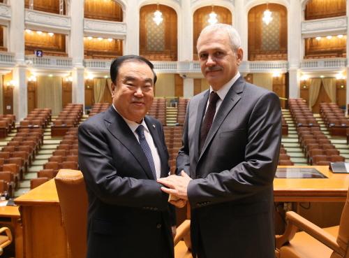 국회의장, 루마니아 대통령·총리·상하원 의장과 면담