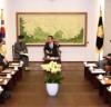 [국회의장]   프랑스-한국 의원친선협회 대표단 예방 받아 - 양국 간 교역 및 투자 균형적 확대되길